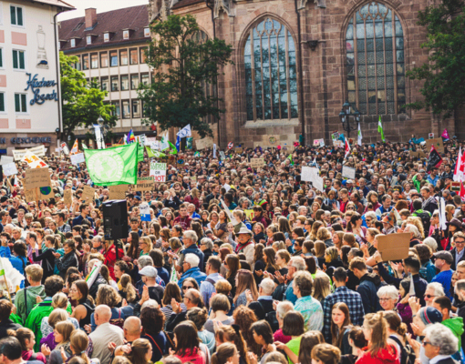 Lorenzer Platz, Nuremberg, Bavaria, Germany Global climate change strike - No Planet B - 09-20-2019 Credit: Markus Spiske