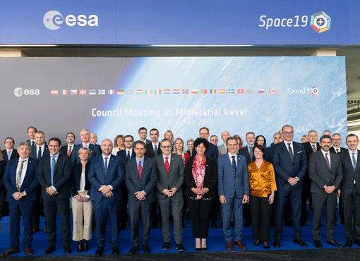 Official_group_photo_Space19