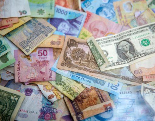 currencies-jason-leung-SAYzxuS1O3M-unsplash