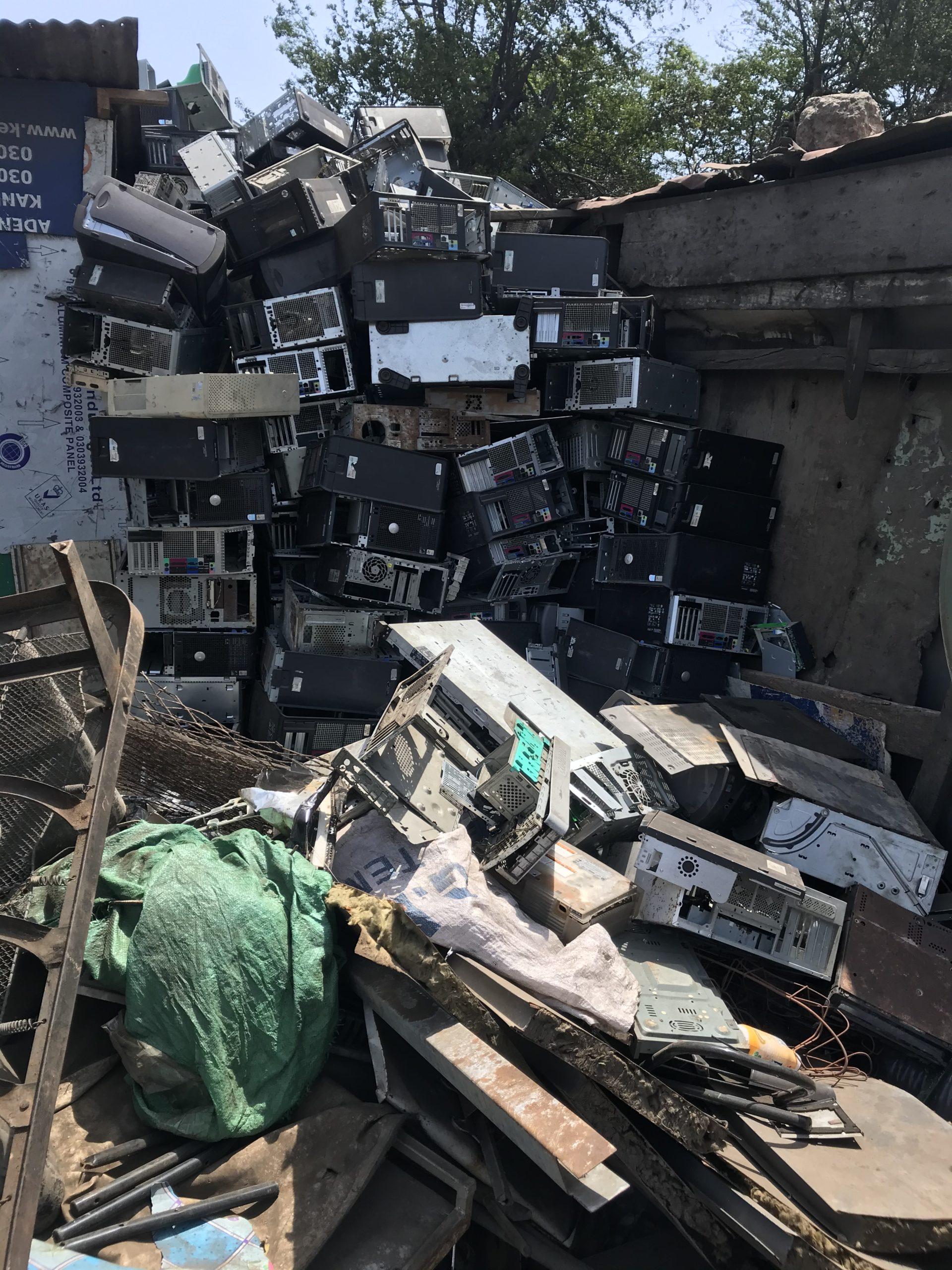 Image of e-waste in Ghana